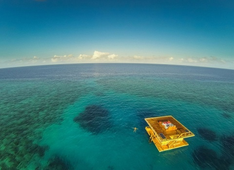 Floating Hotel In Zanzibar(Плавающий отель в Занзибаре)