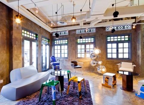 Отель Wanderlustрасположен в музейном районе Сингапура, вблизи таких достопримечательностей, как The Arts House, Merlion Park и Suntec International Convention & Exhibition Center