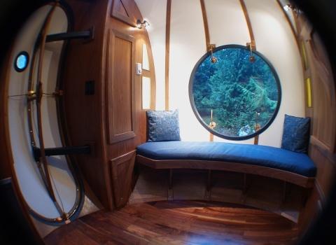 Free Spirit Spheres, Canada. Гостям отеля Free Spirit Spheres, Canadaпредлагается три вида домиков, все зависит от количества гостей